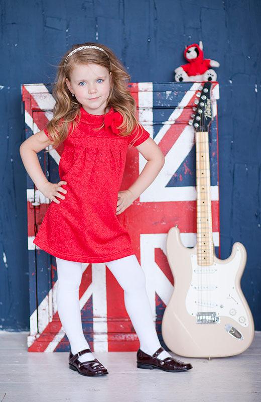 красное с блестками детское платье