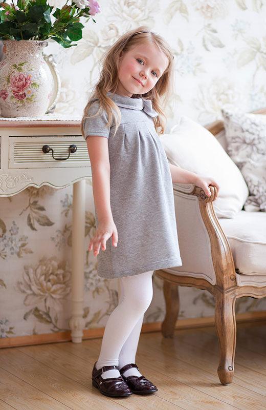 серое платье для девочки